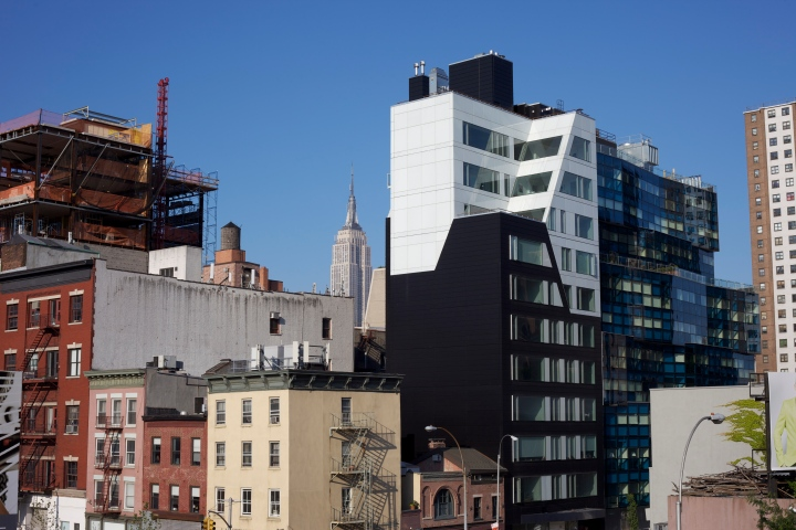 View looking East from the High Line. This picture has it all - old & new, residential and industrial, low-rise and Empire State.